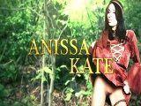 Anissa Kate es la guarra del bosque, todos se la follan