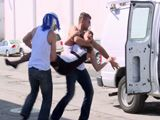 Unos hombres me raptan, me meten en una furgoneta ...